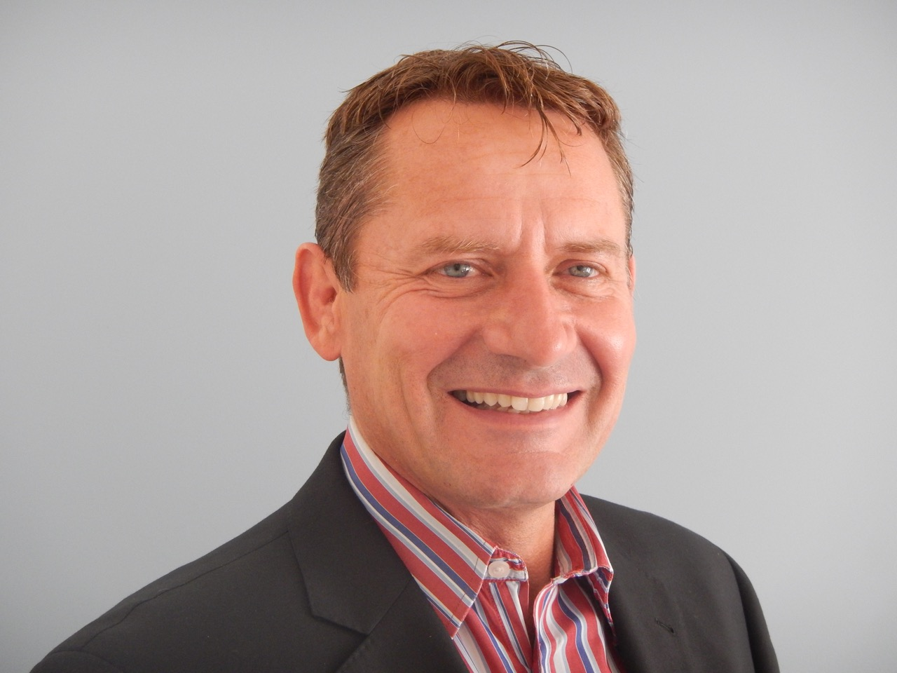 IABNZ CEO, Adrian Pickstock, announced as Judge of the Broadband Compare Awards