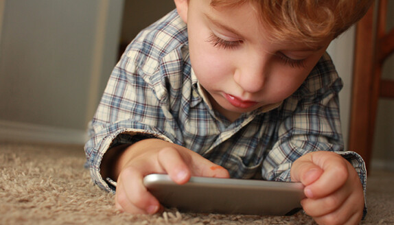 top-tips-for-protecting-your-children-online