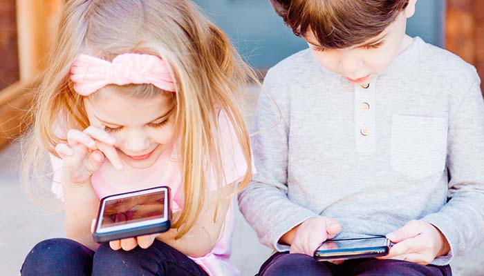 Top family broadband plans for the school holidays